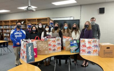National Honor Society: Book Drive